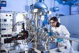 Untersuchung elektrochemischer Eigenschaften unterschiedlicher Materialien für Energiespeicher