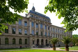 © Friedrich-Alexander-Universität Erlangen-Nürnberg